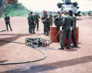 1972_73_Ground_Refueling_at_a_Lima_Site_Ah_to_be_YOUNG_AGAIN_1