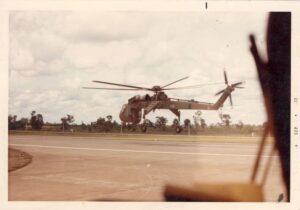 Sky_Crane_taking_off_for_625_LZ_for_pickup_June_1972