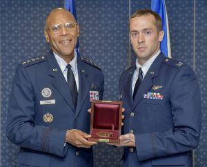 2011 Cheney Award Capt Green